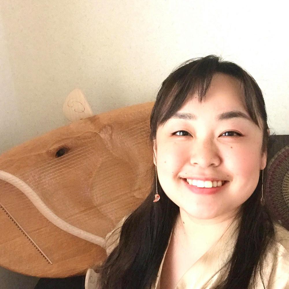井上智佳子プロフィール画像